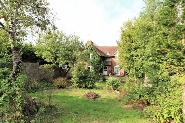 Thumbnail Semi-detached house for sale in Castle Cottages, Newbury, Newtown Common