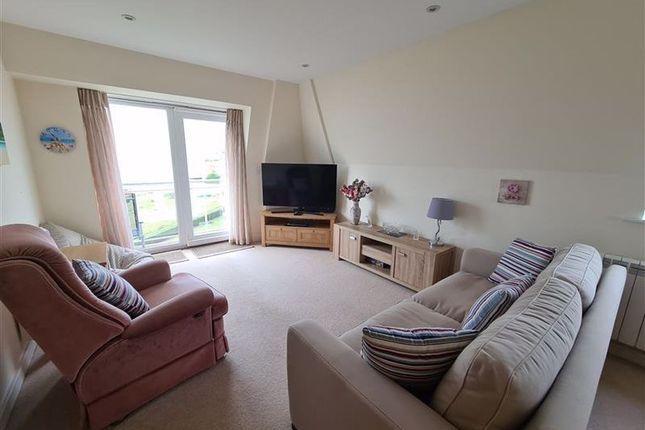 Thumbnail Flat to rent in Sov Harbour North, Eastbourne