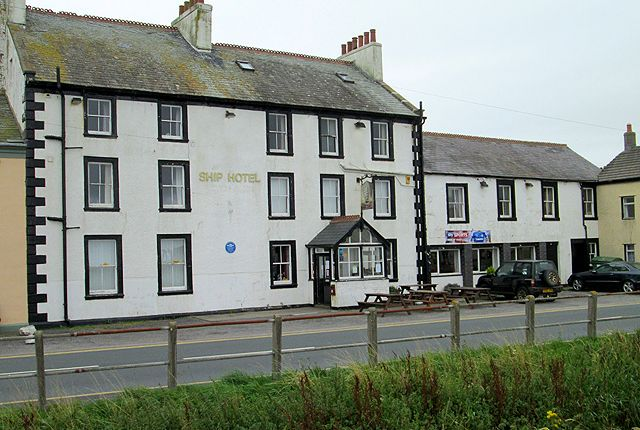 Thumbnail Pub/bar for sale in Main Road, Maryport
