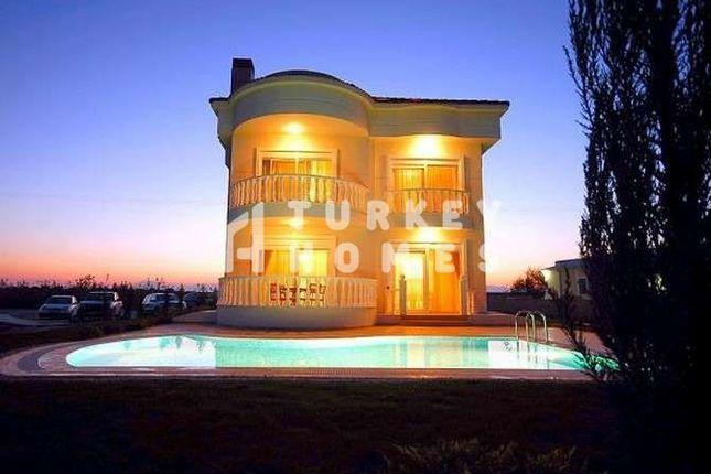Spacious Detached Belek Golf Villa - Exterior And Private Pool