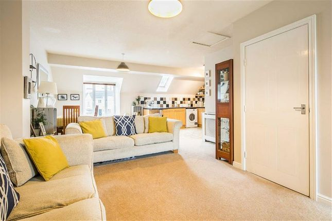 Thumbnail Flat for sale in 82, Queenswood Road, Wadsley Park Village