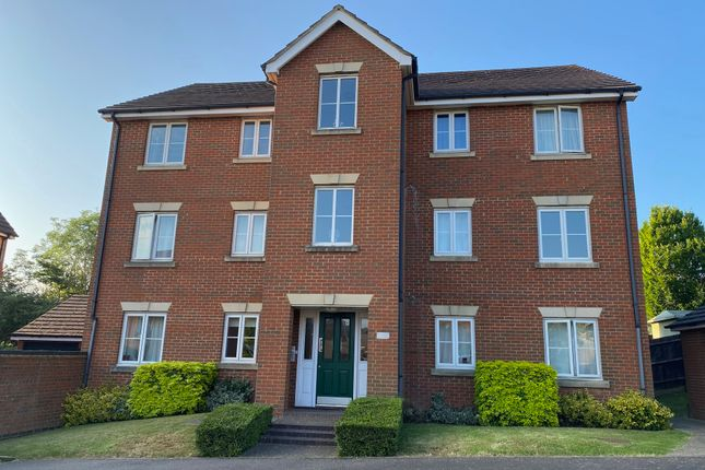 Thumbnail Flat to rent in The Haystack, Daventry, 0Nz.