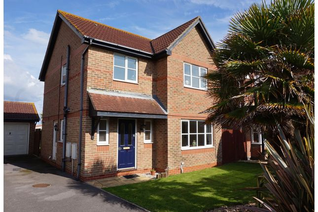 Thumbnail Detached house for sale in Woodborough Close, Bracklesham Bay
