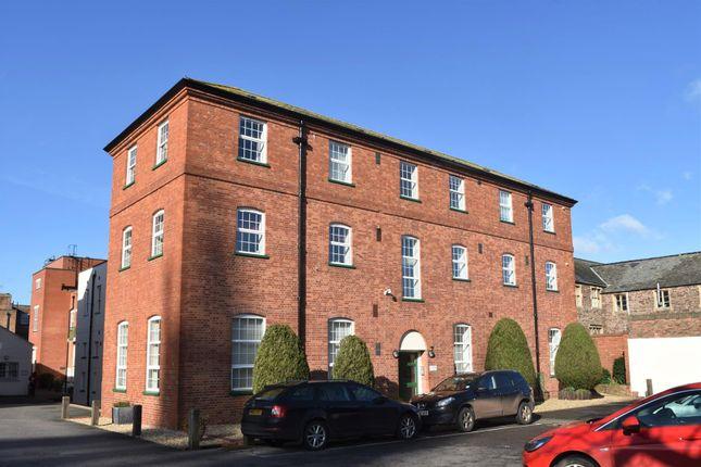 2 bed flat to rent in Whirligig Lane, Taunton TA1