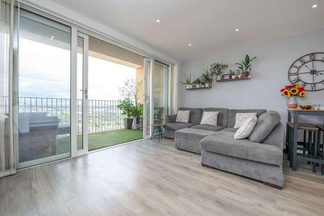 Living Area of 1 Moorhen Drive, London NW9
