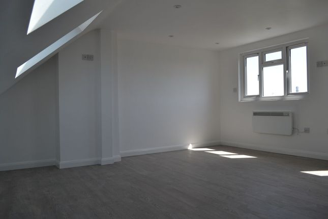Thumbnail Terraced house to rent in Greenwood Avenue, London