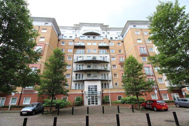 Flat to rent in Winterthur Way, Basingstoke