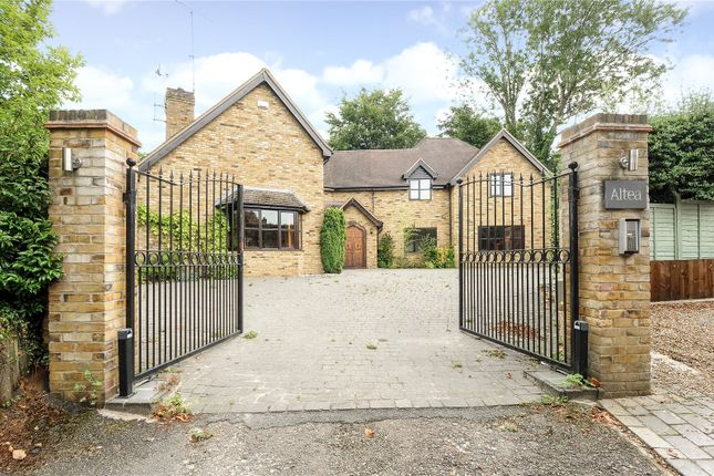 5 bed property for sale in Sandy Rise, Chalfont Heights, Gerrards Cross, Buckinghamshire