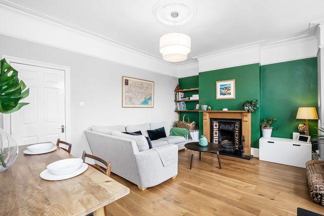 2 bed flat for sale in Tredown Road, Sydenham, London SE26