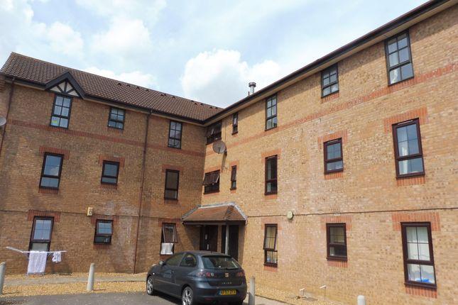 Thumbnail Flat to rent in Albany Walk, Woodston, Peterborough
