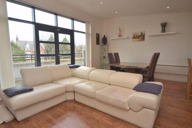 3 bed flat to rent in Thornlea Court, Thornhill, Sunderland, Tyne & Wear SR2