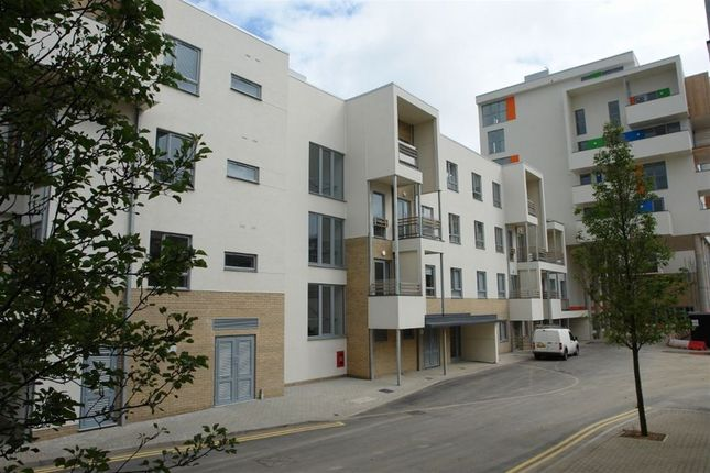 Thumbnail Flat to rent in Kaleidoscope, Glenalmond Avenue, Cambridge
