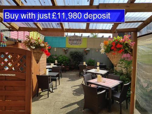 Thumbnail Restaurant/cafe for sale in Royal Terrace, Barrack Road, Northampton