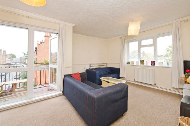 Thumbnail Flat to rent in Burlington Place, Burlington Road, Fulham, London