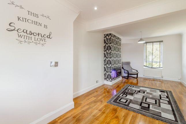Thumbnail Flat for sale in Nuxley Road, Belvedere, London