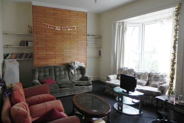 Thumbnail Property to rent in Eaton Crescent, Uplands, Swansea