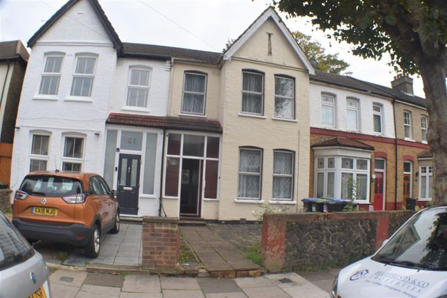 Thumbnail Property for sale in Kenwood Road, London