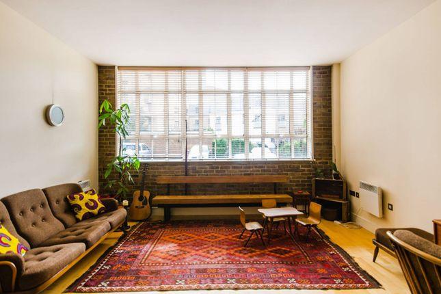Thumbnail Flat to rent in Peckham Grove, Peckham