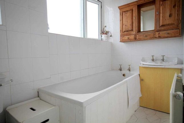 Bathroom of Hereford Court, Holland-On-Sea, Clacton-On-Sea CO15