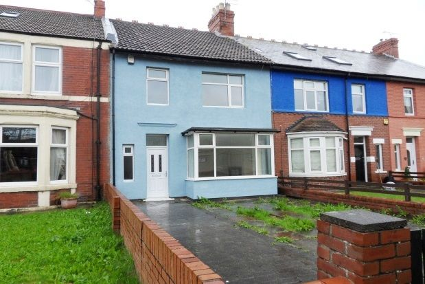 Thumbnail Property to rent in Gordon Terrace, Whitley Bay