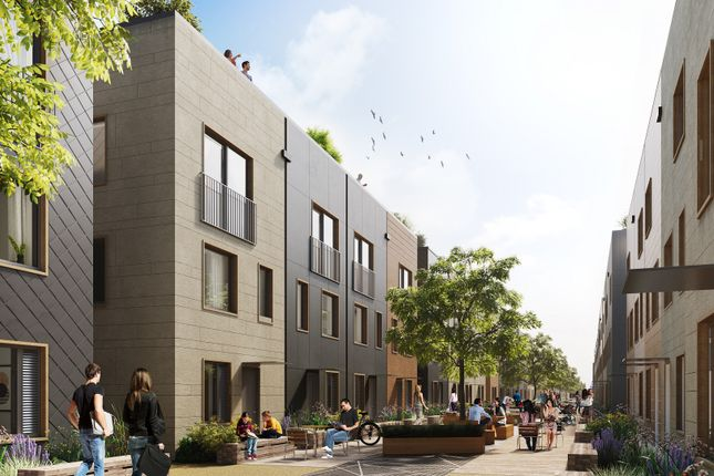Town house for sale in Solar Avenue, Leeds