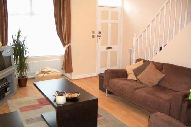 Thumbnail Terraced house for sale in Wentworth Road, Croydon