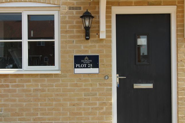 Thumbnail Terraced house for sale in Brightlingsea, Essex