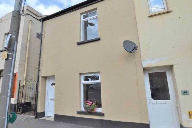 2 bed end terrace house to rent in East Street, Crediton, Devon EX17