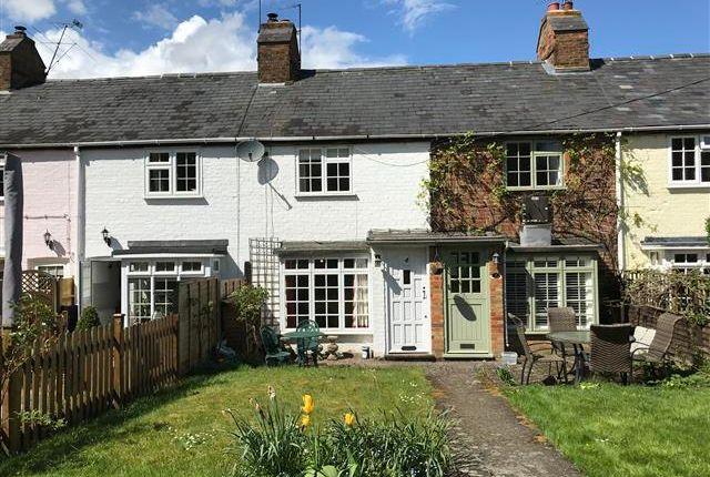 2 bed property to rent in Buckland Road, Buckland, Aylesbury HP22