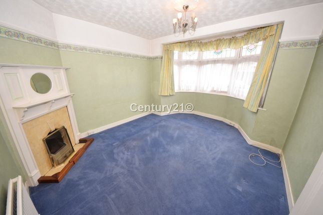 Thumbnail Semi-detached house to rent in Gantshill Crescent, Ilford