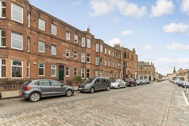 Thumbnail Flat for sale in 35-5 Annfield, Newhaven, Edinburgh