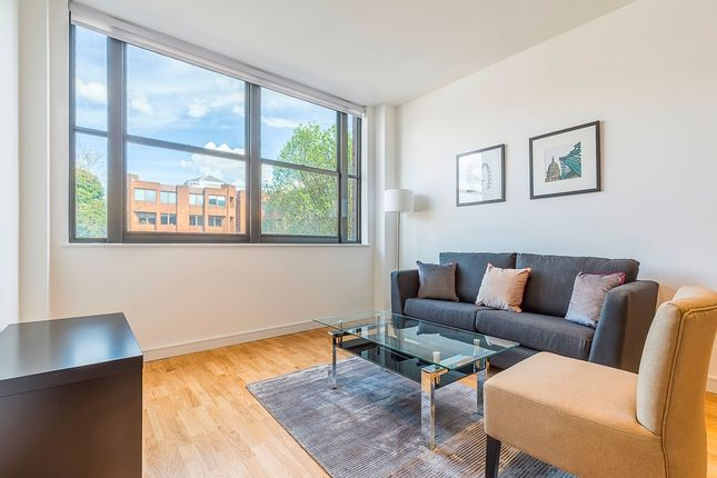 Thumbnail Flat to rent in Scimitar House, 23 Eastern Road, Romford