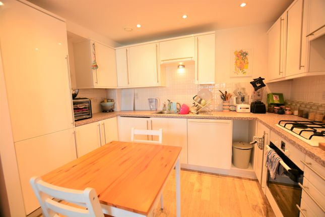 Thumbnail Flat to rent in Sussex Wharf, Shoreham-By-Sea