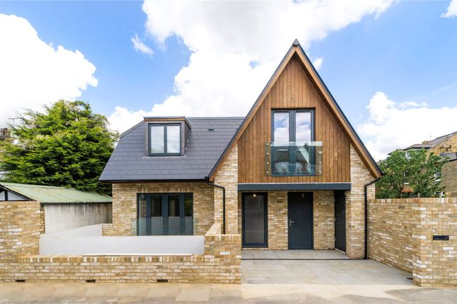 Thumbnail Detached house for sale in Rockland Road, Putney, London