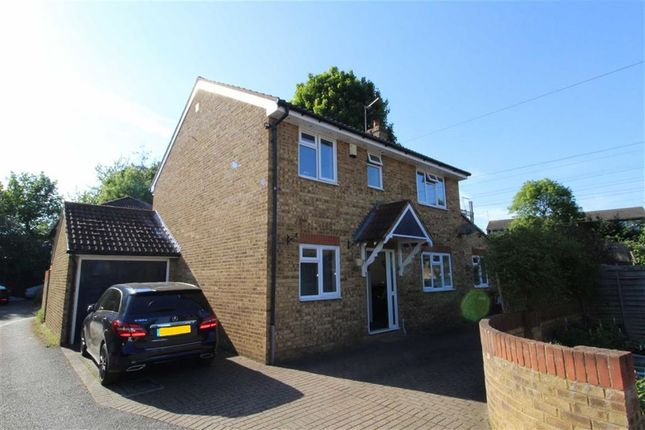 Thumbnail Detached house to rent in Stanhope Road, Slough, Berkshire
