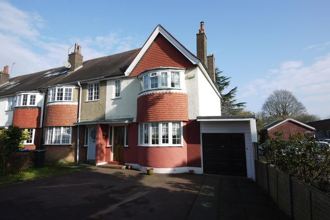 Thumbnail Semi-detached house for sale in Park Avenue, Enfield