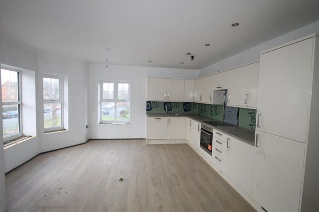 Thumbnail Flat to rent in Hastings Road, Bexhill-On-Sea