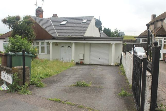 Thumbnail Bungalow to rent in Russell Road, London