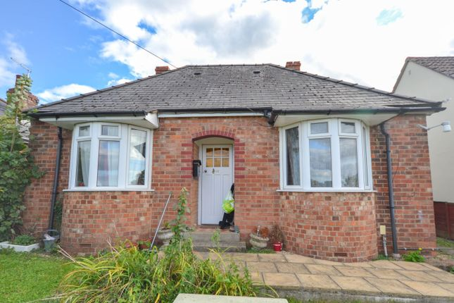 Thumbnail Detached bungalow to rent in Woodend Lane, Cam