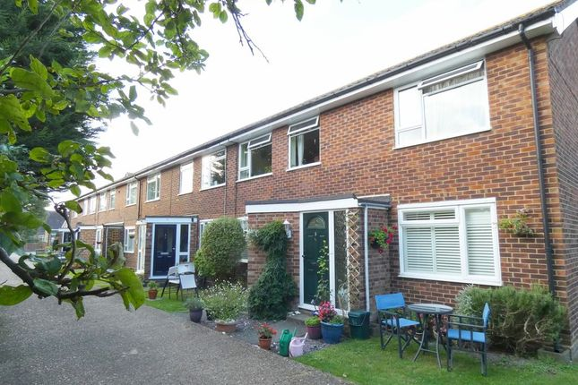 2 bed maisonette for sale in Percy Road, Hampton TW12