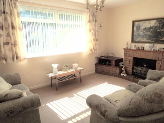 Picture No.10 of Friars Close, Wirral, Merseyside CH63