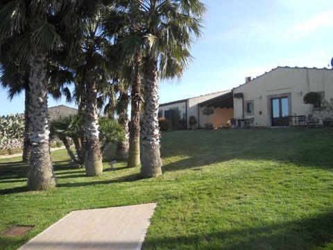 Thumbnail Farmhouse for sale in Contrada Aguglia, Noto, Syracuse, Sicily, Italy