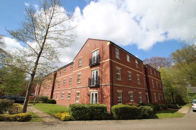 2 bed flat to rent in Sandlewood Crescent, Meanwood, Leeds LS6