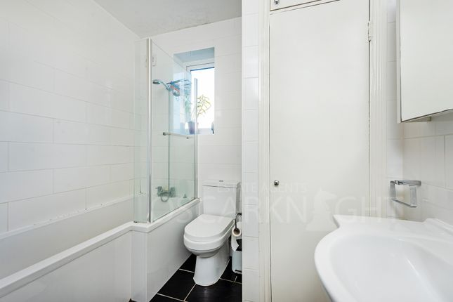 Bathroom of Vine House, Armoury Way, Wandsworth SW18