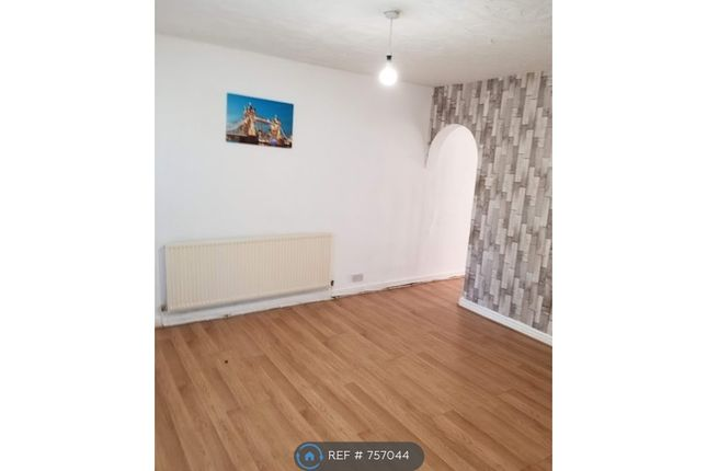 Thumbnail Semi-detached house to rent in Partington Lane, Swinton, Manchester