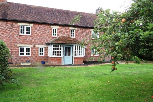 Thumbnail Cottage to rent in Gallants Lane, East Farleigh, Maidstone