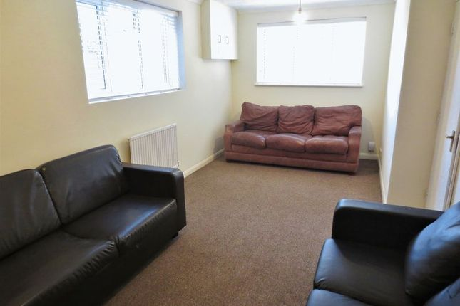 Living Room of Auckland Drive, Brighton BN2
