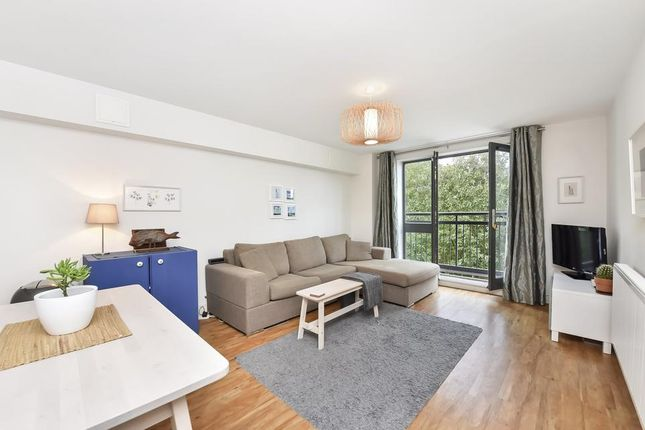 Thumbnail Flat for sale in Tannoy Square, London