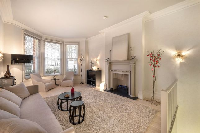 Thumbnail Flat for sale in Egerton Gardens, Knightsbridge
