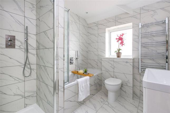 Bathroom of Boileau Road, London SW13